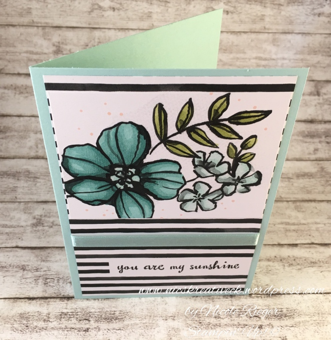 Stampin_Up_Blütenfantasie_StampinBlends_Blue_oben